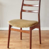 Casala dining chair with velvet upholstery at an angle