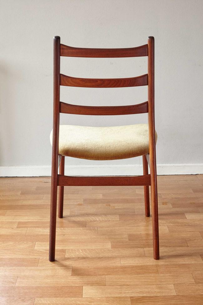 Back of Casala dining chair with velvet upholstery