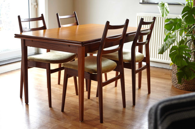 Extendable Danish teak dining table with 4 chairs