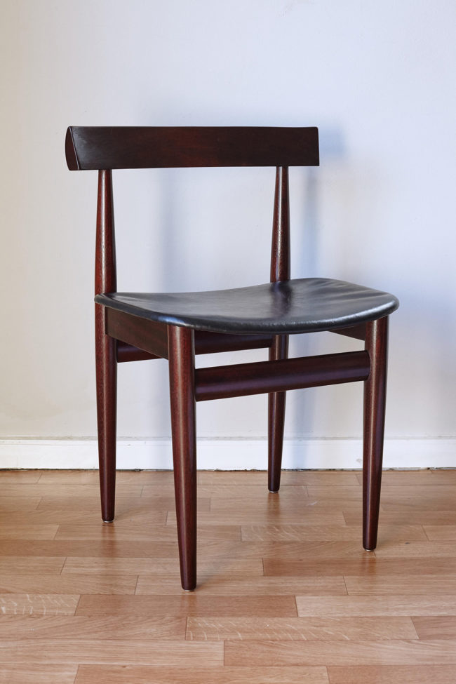Hans Olsen dining chair at an angle
