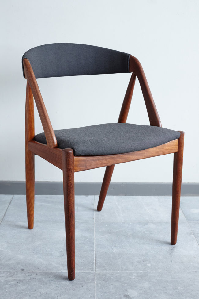 Kai Kristiansen Model 31 Dining Chair at an angle