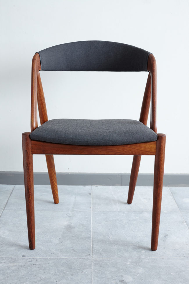 Front of Kai Kristiansen Model 31 Dining Chair
