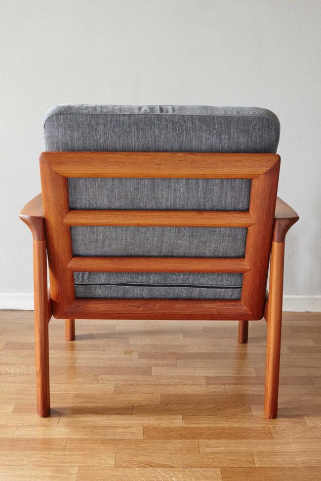 Back of Komfort chair