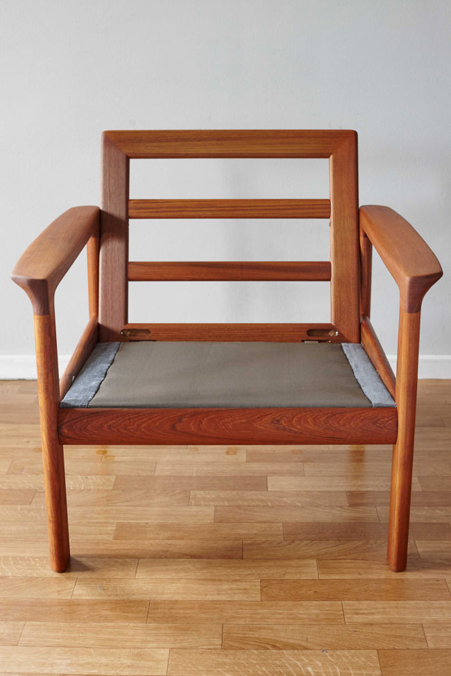 Komfort chair without cushion