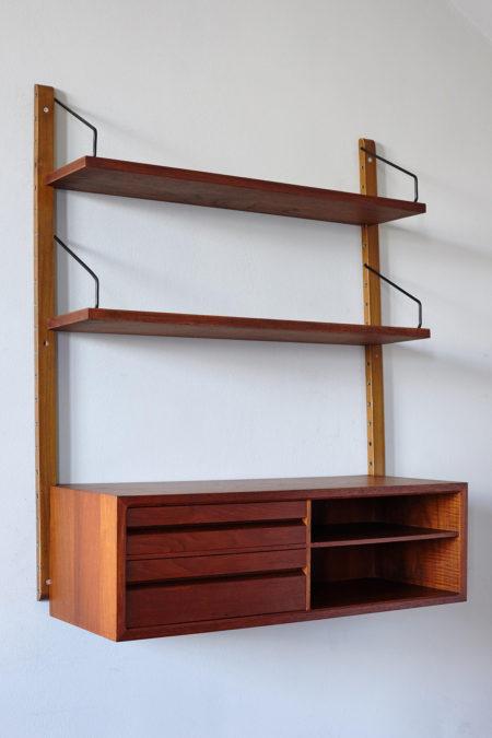Poul Cadovius Royal shelf
