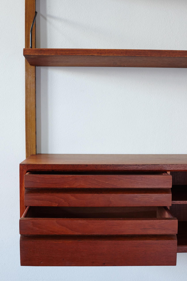 Poul Cadovius Royal shelf with drawers open