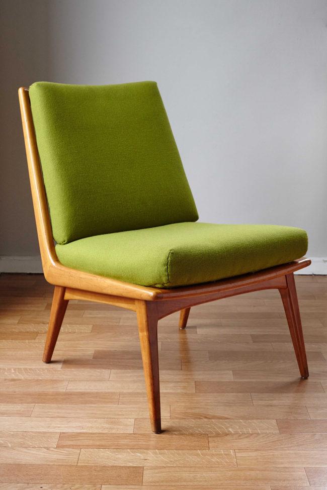Soloform green Boomerang chair